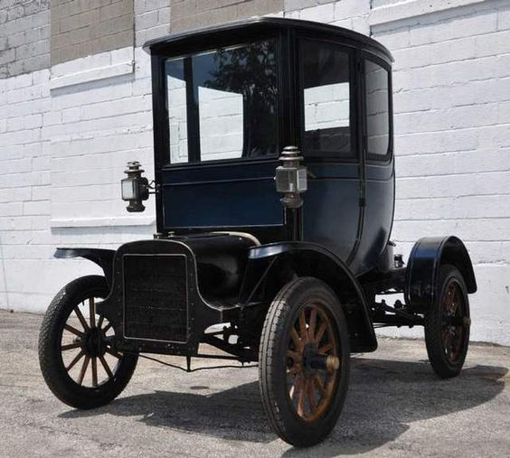The 1905 Cadillac Osceola Was The First Closed-body Car