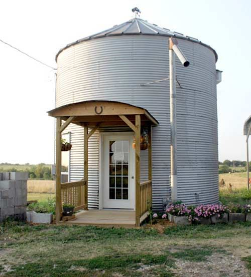 Grain House Bins as Alternative Small Housing?: