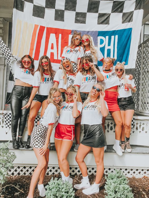 alpha phi university of iowa bidday 2018