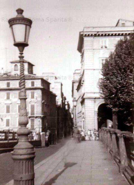 Ponte Sisto con le ringhiere in ghisa poi rimosse negli anni 70