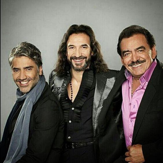 #tbt me encontre esta foto con dos grandes amigos de la musica mexicana , que orgullo haber coincidido con uds en esa gira pero sobre todo…