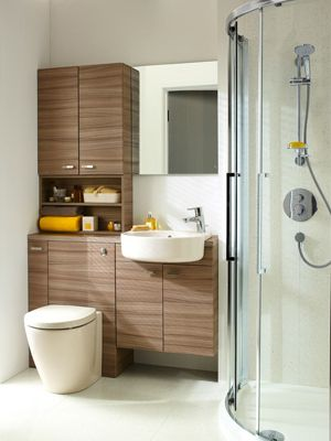Solutions de salles de bains avec finitions brillantes