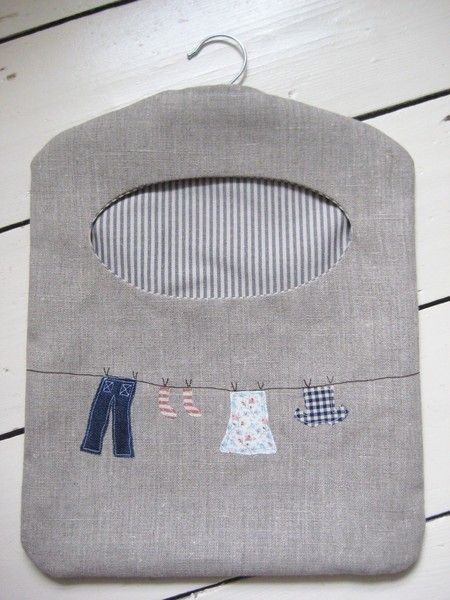 Ticketty Boo: Linen Washing Line Peg Bag