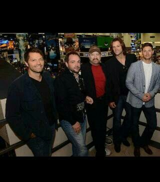 The hot sexy men of supernatural!