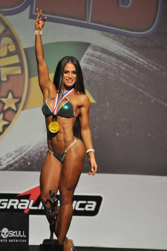 Fabiola Martinez fatura título na Arnold Classic Brasil