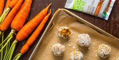 Carrot Cake Protein Balls for a vegan snack that are free of sugar and salt and absolutely delicious. Protein balls with a tasty vegan dessert twist!