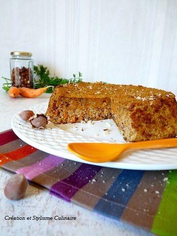 Mon carrot cake aux noisette, qui avait un succès fou au restaurant bio où je travaillais... Sans matière grasse d'ajout qui plus est! www.jecuisinesansgluten.com