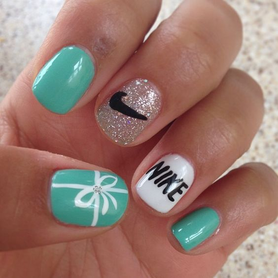 tiffany blue nike nails!!! should totally do this when i run the nike half marathon