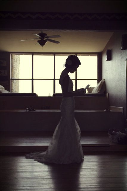 Some really great wedding shot ideas.