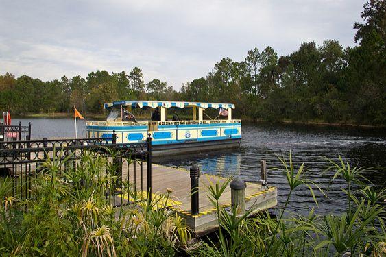 Disney Port Orleans French Quarter boat