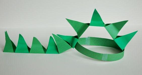 disfraz de dinosaurio de papel verde