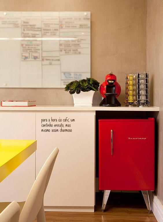 Sala De Tv Com Frigobar Retro ~  frigobar decor frigobar decoração cinza oficina escritório offices