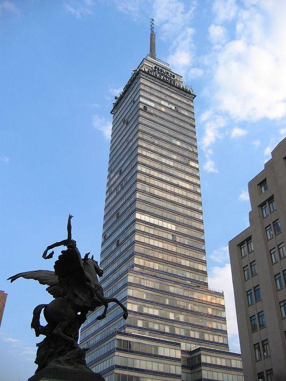 Torre Latinoamericana building in Mexico City