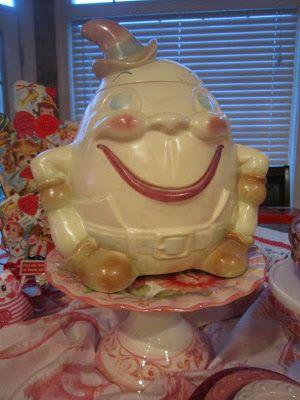 Vintage Humpty Dumpty (egg) Cookie Jar