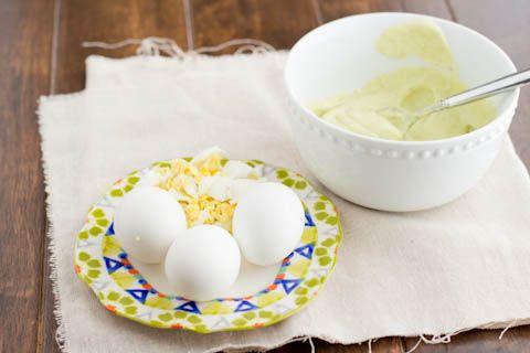 healthy egg salad ohsweetbasil.com