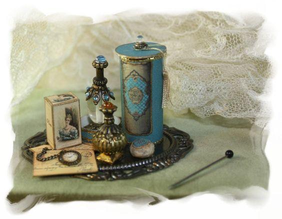 SCARLETTS..... zauberhafte MiniaturenLadys perfume tray TOSCA OOAK Dollhouse…