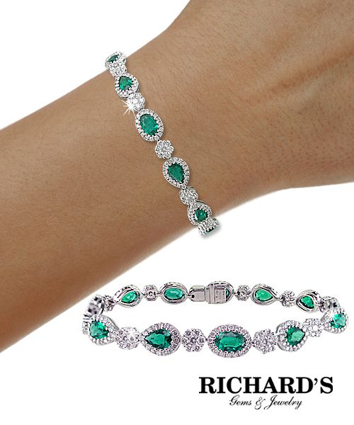 Oval and Pear Shaped Emeralds and Diamond Bracelet in 18k White Gold