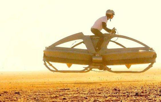 Empresa começa a vender moto voadora