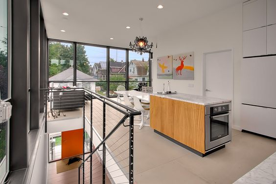 Современный дом для семьи с тремя детьми в Сиэтле