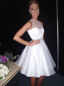 I want 2 dresses. A huge one for the ceremony and pictures then a shorter one to dance ;)