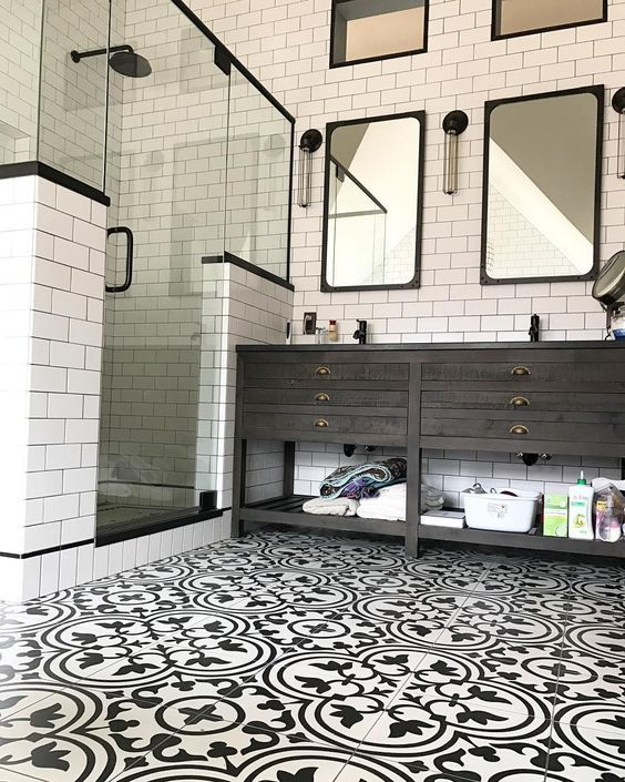 Has Hgtv And Blogs Changed How We Renovate Southern Hospitality Master Bathroom Makeover Diy Bathroom Makeover Bathroom Interior Design