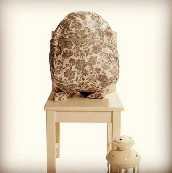 Mochila ideal para peques de 2 a 5 años ^^ #mochila #niños #bebes #children #flowery #rucksacks #unikkobebes