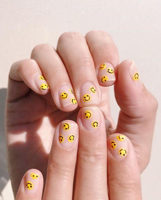 #foundonweheartit #nailart #nailinspo #manicure #manicureinspo #acrylicnails #gelnails #naildesign #trendynails #dipnails
