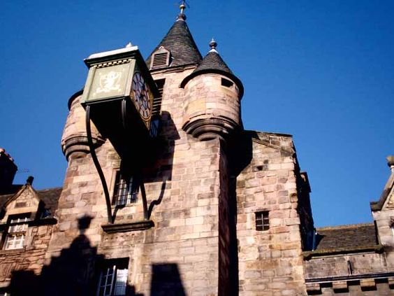 Tolbooth Prison, Edinburgh  Dragonfly in Amber, Ch 42