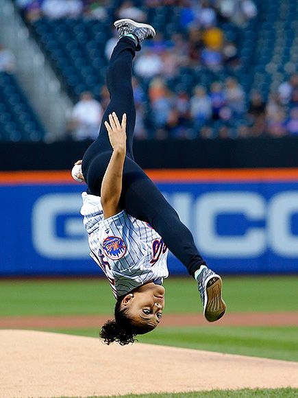 Laurie Hernandez first pitch | Laurie Hernandez Flips During First Pitch at Mets…