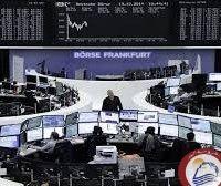 """كتبت: نيللى الشافعى إرتفع مؤشر الأسهم اليونانية بأكثر من 5% خلال مستهل تعاملات اليوم الثلاثاء، بدعم إعلان الإتحاد الأوربىتقديم حكومة أثينا الاجراءات الاقتصادية المطلوبة في الموعد المحدد،وأعلن المتحدث باسم المفوضية الأوروبية """"مارجاريتيس شيناس"""" أن اليونان ارسلت قائمة بالاجراءات الإصلاحية الاقتصادية المطلوبة من قبل دائنيها قبل انتهاء الموعد المحدد لذلك،وصعد المؤشر الرئيسي للأسهم اليونانية بنحو 5.4%…"""
