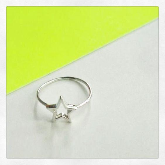 We will be pleased to make yours : etsy.com/shop/MiNinaNanas #ninananas #minirings #minibagues #mininananas #sterlingsilver #stackrings #etsy #jewelry #handmadejewelry #star #new