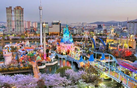 3. Go to Seoul Lotte World