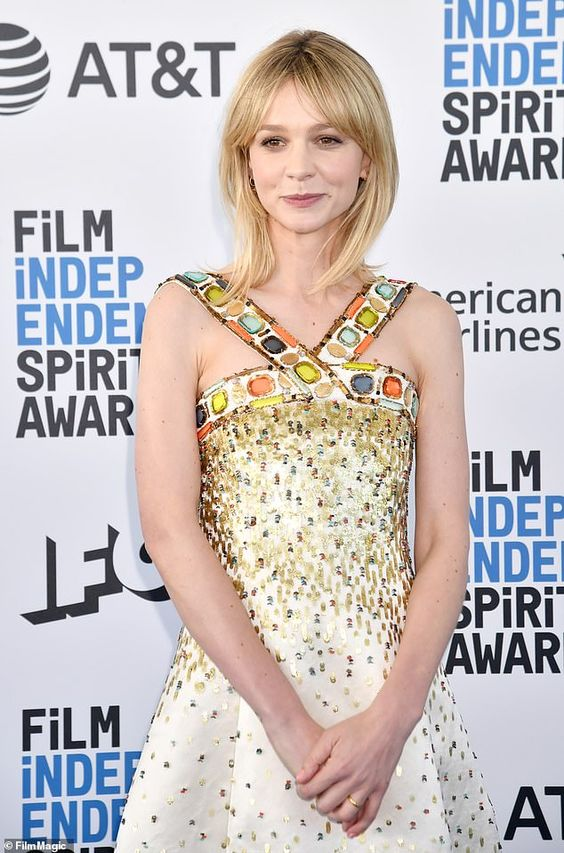 Independent Spirit Awards Carey Mulligan Stuns In Bejewelled Gown Carey Young Full Movies Online Free