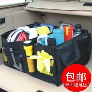 Organizando a mala do carro