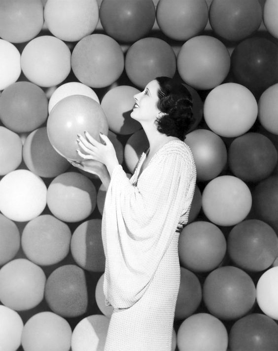 bubble backgroung for Kay Francis, 1930s. vintage fashion