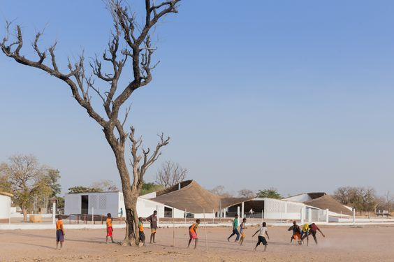 Nueva Residencia para Artistas en Senegal / Toshiko Mori