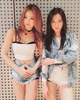 #Jennie #Jisoo #BLACKPINK