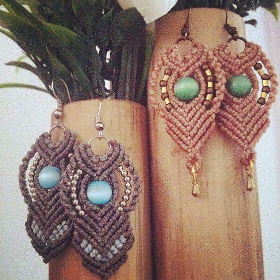 Novos brincos nascendo com amor (: #earrings #macramelovers #micromacrame #nosmagicos #boho #artemanual #compredequemfaz #freehand #freesoul #brincos #acessorios