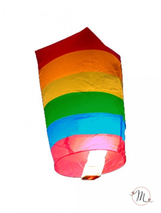 Lanterna volante raimbow. Tradizionalmente usate nelle celebrazioni cinesi e thailandesi,  queste lanterne sono un modo bello ed affascinante per illuminare la notte del vostro evento. Trasforma il tuo #party in un momento che non sarà dimenticato in fretta!  Dimensione 75 x 45 cm. Le lanterne sono perfette per le unioni arcobaleno. Senza filo di ferro, 100 % biodegradabili, carta ignifuga, marchio conformità CE.. #matrimonio #wedding #lanterne #decorazioni #ideasforwedding #arcobaleno…