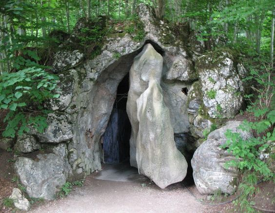 Entrance Of Venus Grotto Knowlton School Digital Library Germany Castles Neuschwanstein Castle Castle