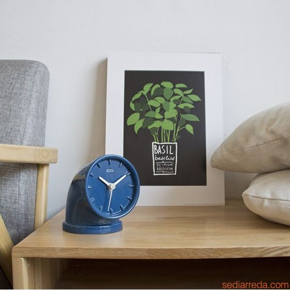 Plumber, table design clock @bozudesign