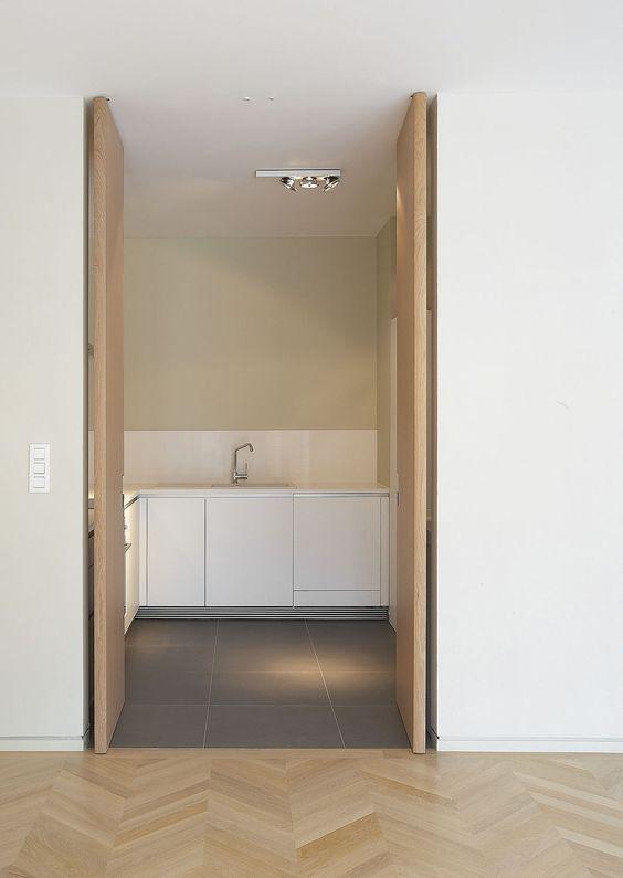 Porte pivotante / en bois - INVISIDOOR® AX PRO - Argent Alu