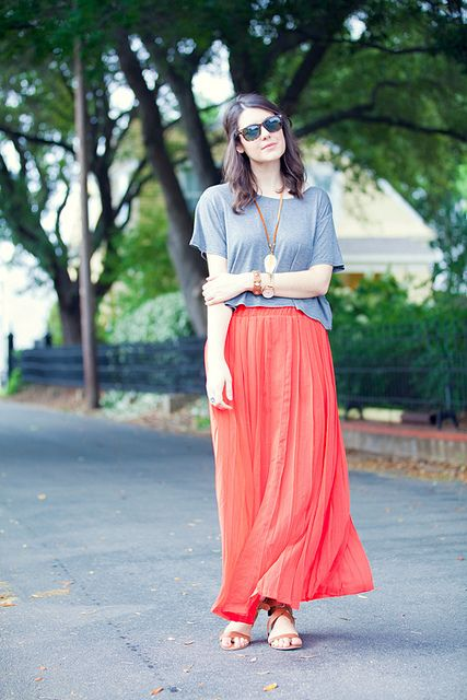 I already have a similar skirt, need to complete the look!: Summer Outfit, Hippie Style, Long Skirts, Fresh Outfits, Coral Maxi Skirts, Cute Maxi Skirts
