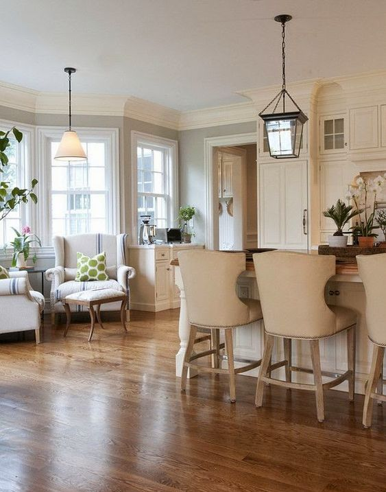 1000 ideas about small sitting rooms on pinterest for Sitting area in kitchen ideas
