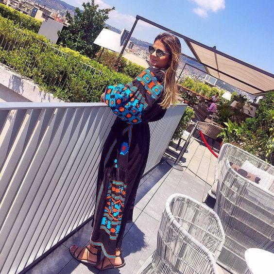 Bom dia do terraço maravilhoso do @mo_barcelona!!! ☀️☀️☀️ Apaixonada por essa vista... | @chrisbiagioniviagens você arrasa! #ThassiaEmBcn #BTviaja #ThassiaEuroSummer
