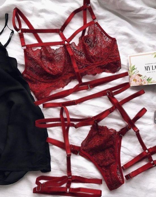 Femmes dentelle lingerie hollow out Bra G-String Culotte Babydoll Sous-vêtements Nightwear