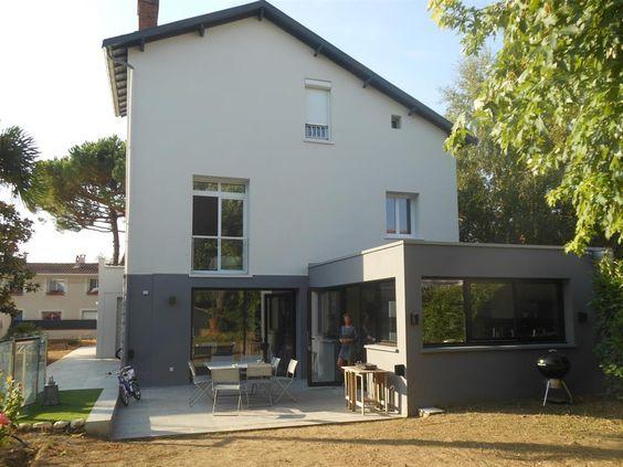 Extension gris fonc en contraste avec la maison blanche - Maison grise et blanche ...