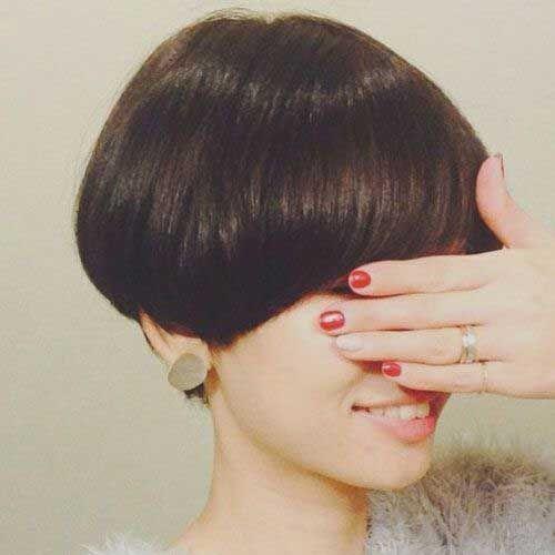 Best Short Wedge Haircuts For Chic Women Frisur Fotos Haarschnitt Kurz Haarschnitt Ideen