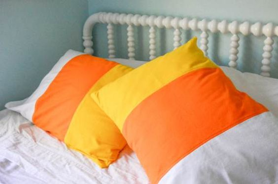 47 Candy Corn Crafts Chic Style in The Halloween Spirit -