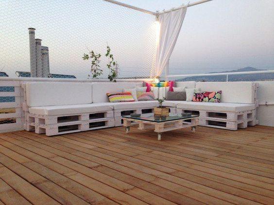 salon de jardin en blanc palette de bois